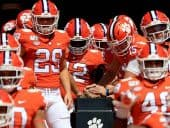 Clemson Tigers drop in AP Top 25 again, remain atop NCAAF Championship odds