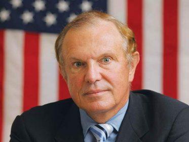 Senator Raymond Lesniak