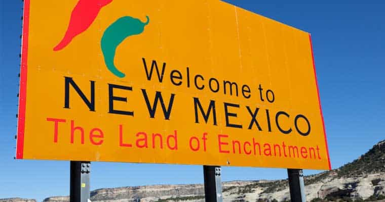 "Welcome to New Mexico sign ""The Land of Enchantment"""