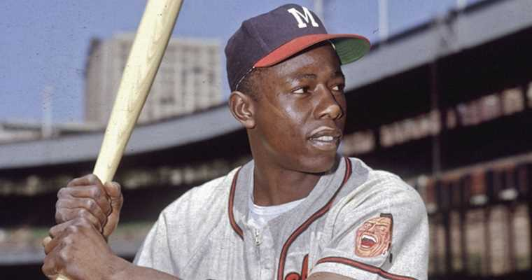 hank aaron classic photo with milwaukee braves